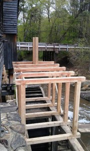 Framework in place, now awaiting side boards, gates and other parts. Click to see larger version.